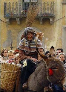 la-befana-donkey